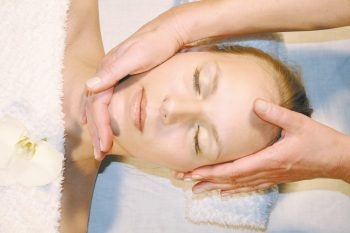 Kosmetik Kopfmassage