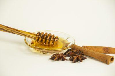 Honigmassage Stillleben Gewürze
